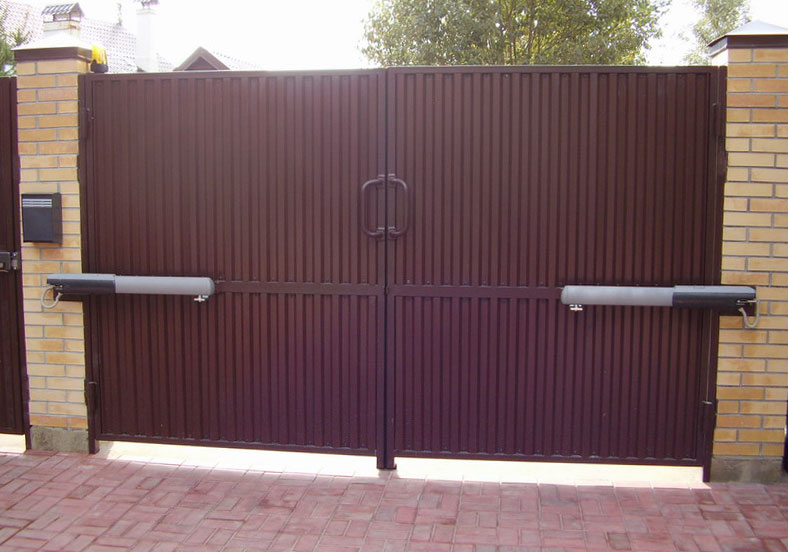 Автоматические распашные ворота с дистанционным открытием в Егорьевске